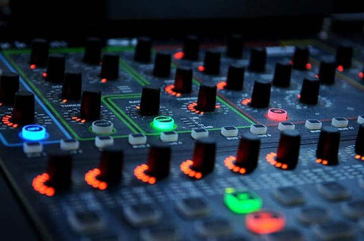 18 consejos y trucos para mezclar DJ para principiantes