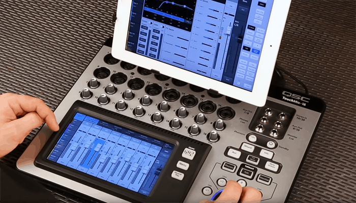 Revisión del mezclador digital con pantalla táctil QSC Touchmix 16 1