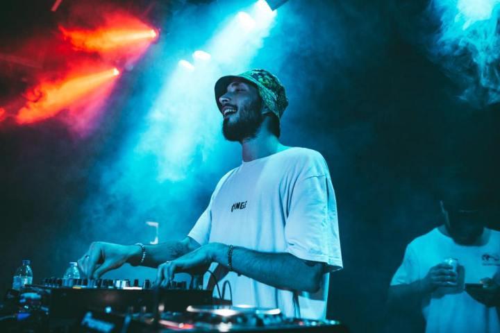 Folamour comparte sus consejos para cambiar el tempo, ecualizadores y mejorar sus habilidades de DJ 2
