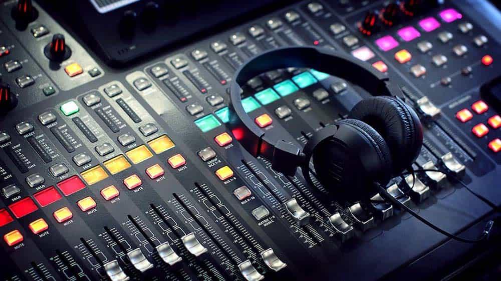 ¿Qué es mezclar y masterizar? 16
