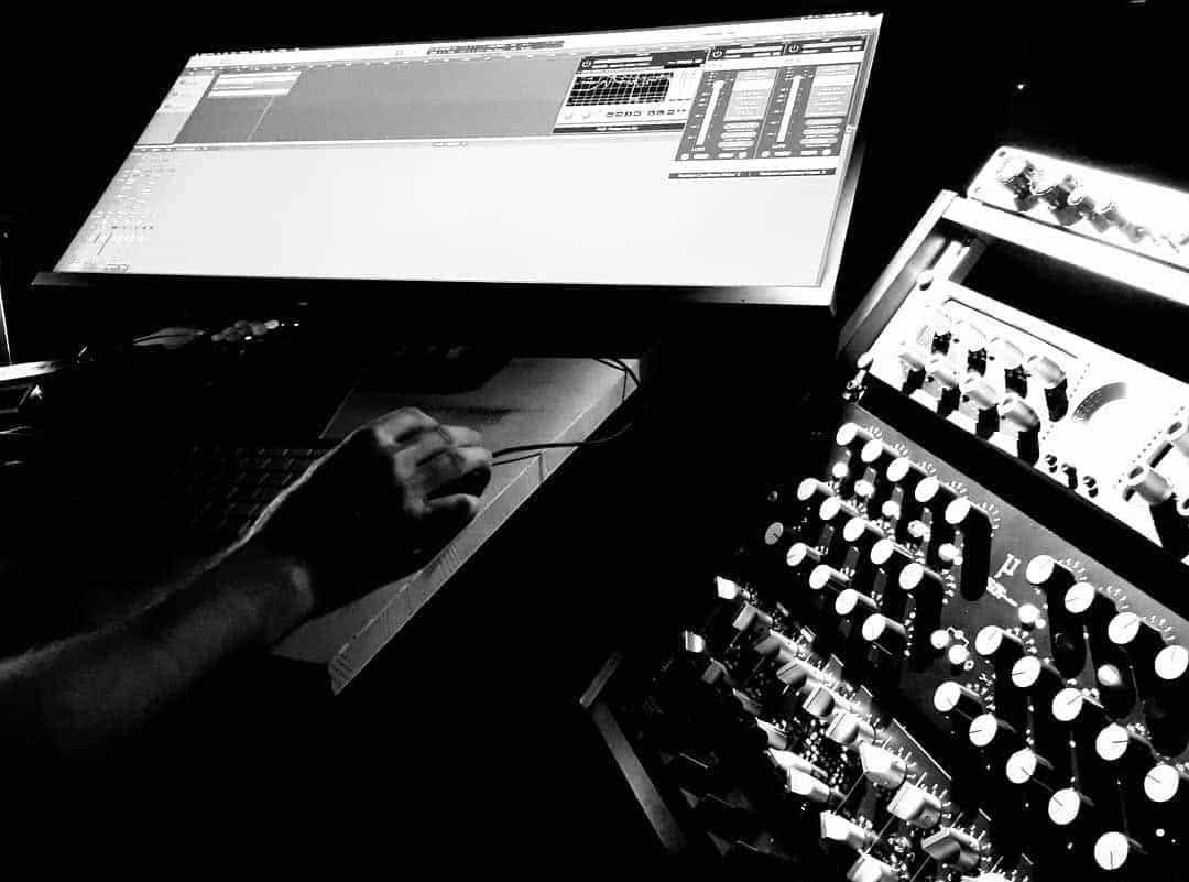 Mantenerse creativo como DJ durante COVID: consejos de artistas de todo el mundo 6