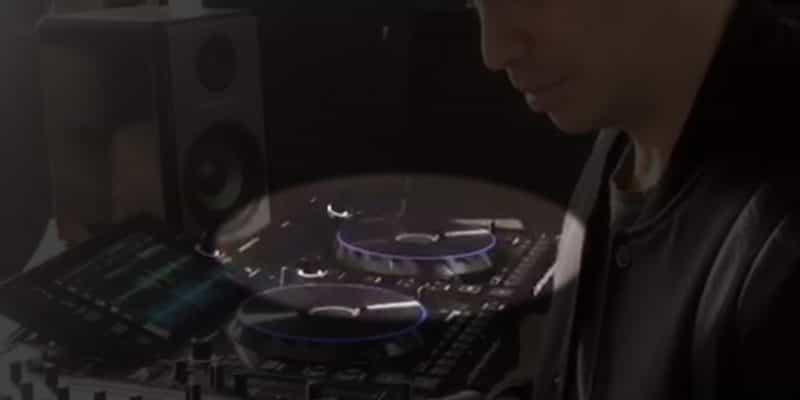 Denon DJ acaba de filtrar su nuevo controlador / reproductor multimedia sin pantalla: ¿SC1000? 1