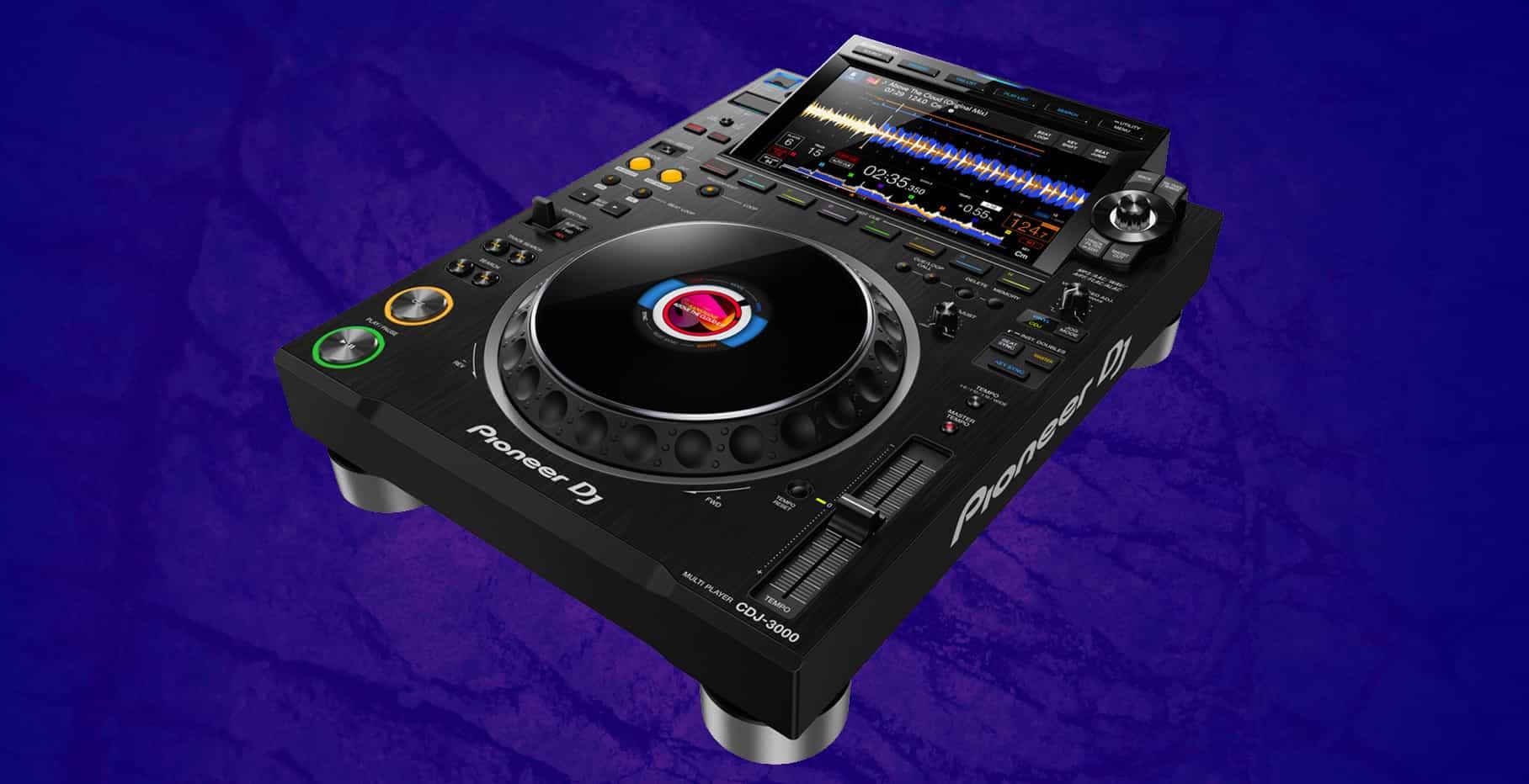 Este es el DJ Pioneer CDJ-3000 17