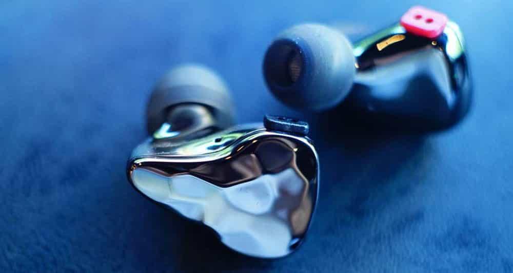 Monitores internos para DJ: todo lo que necesita saber 1