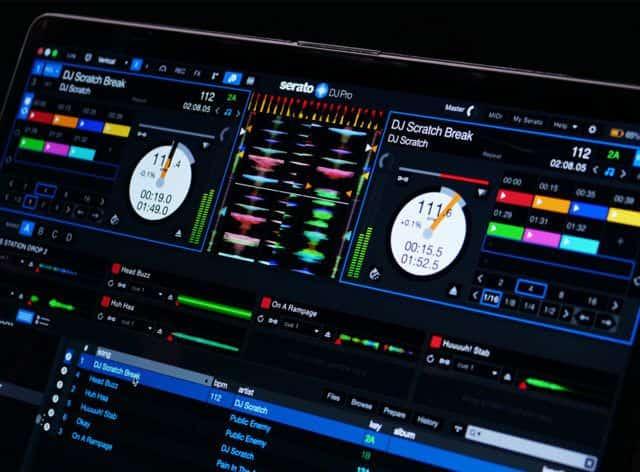 Esto es DJ Pioneer DJM-S11: Scratch Bank, controles de cuatro decks y más 3