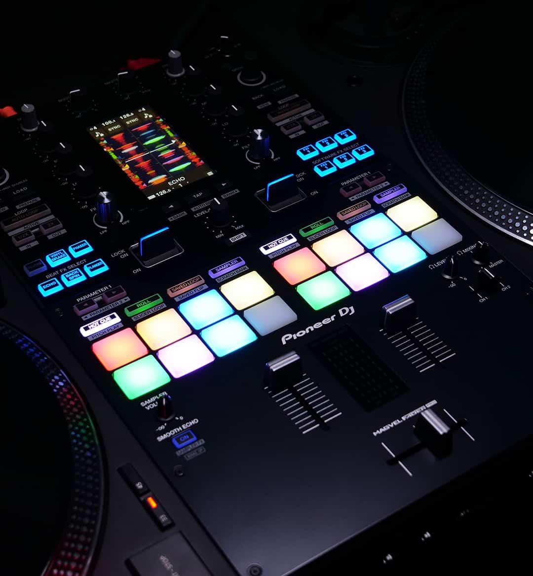 Esto es DJ Pioneer DJM-S11: Scratch Bank, controles de cuatro decks y más 24