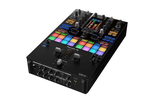 Esto es DJ Pioneer DJM-S11: Scratch Bank, controles de cuatro decks y más 2
