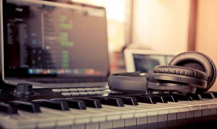 Las 5 mejores computadoras portátiles para producción musical por menos de $ 500 1