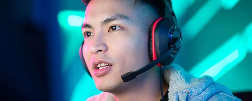Jugador con auriculares