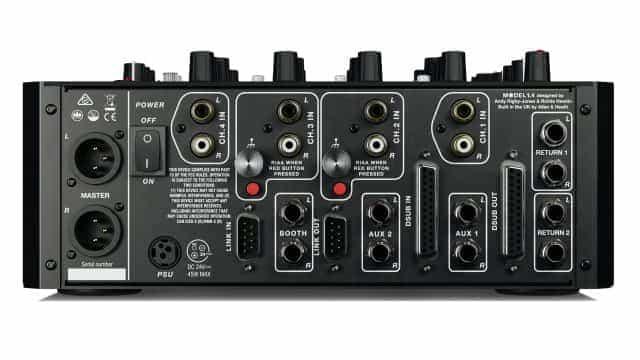 PLAY lanza de forma diferente el MODELO 1.4 - un mezclador analógico compacto de 4 canales 2